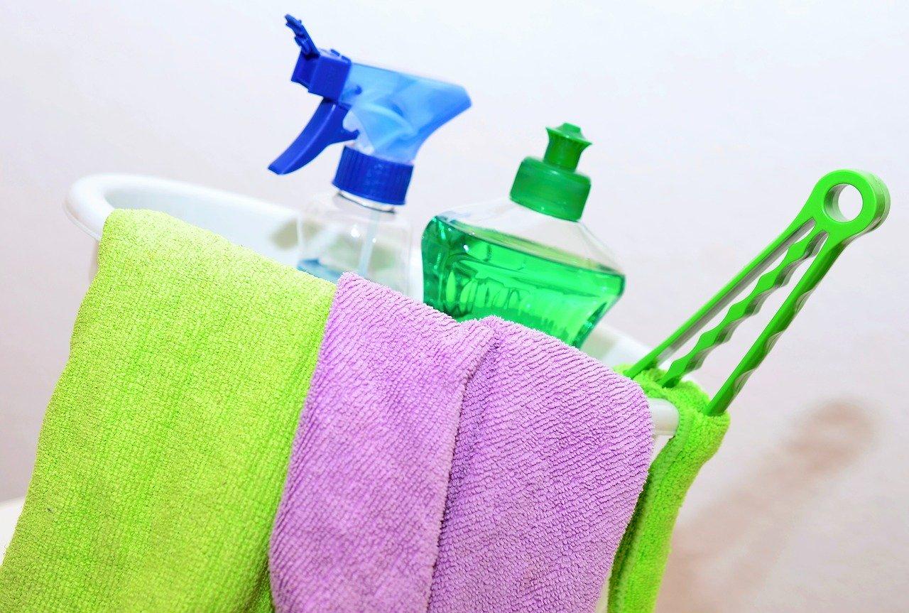 汚部屋のお掃除業者を安く使う6つのコツ!業者に依頼すべき理由は?